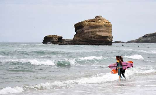 5 DESTINATIONS SURF PAR LE MONDE