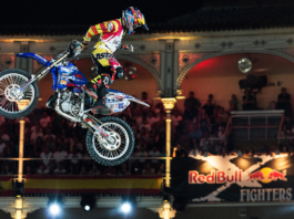 Tom-Pages-Red-Bull-X-Fighters-2015